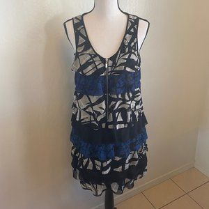 Kensie Tiered Dress Size Small Fun Print